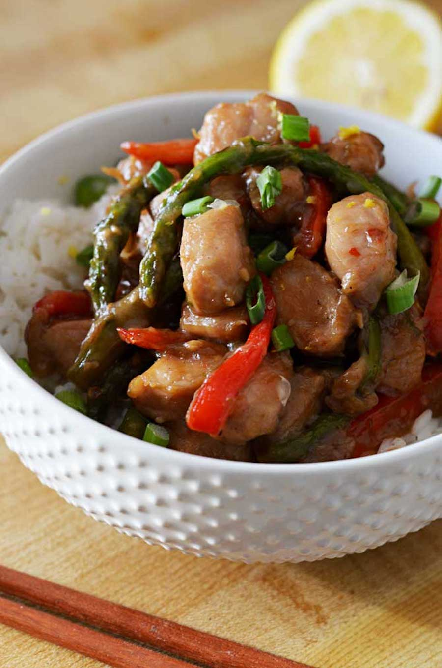 https://hostthetoast.com/garlic-lemon-chicken-stir-fry/