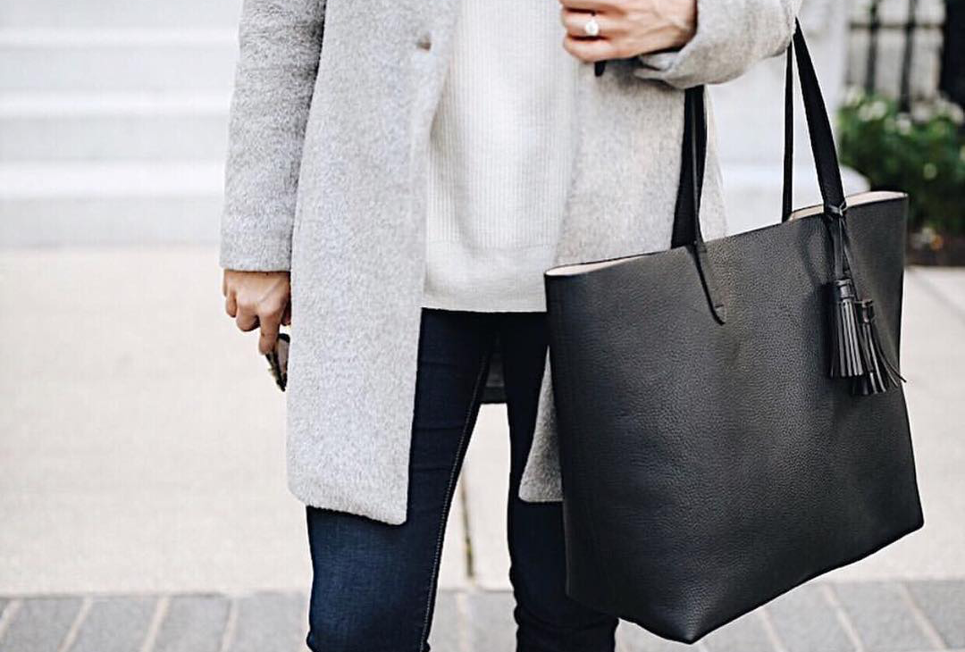Things to Love About Mom Hand Bags