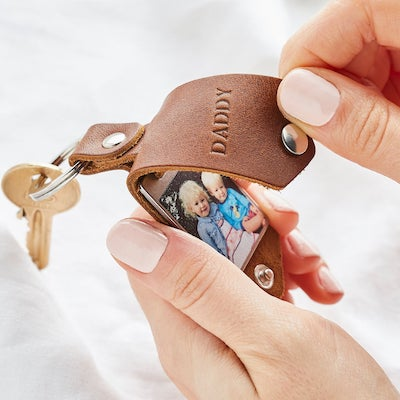 fathers day gift guide photo keychain