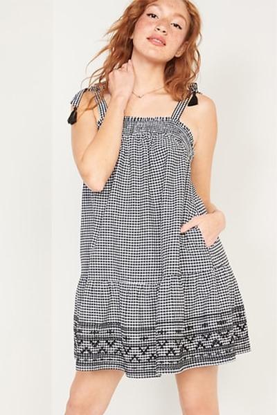 old navy sleeveless mom uniform summer dress