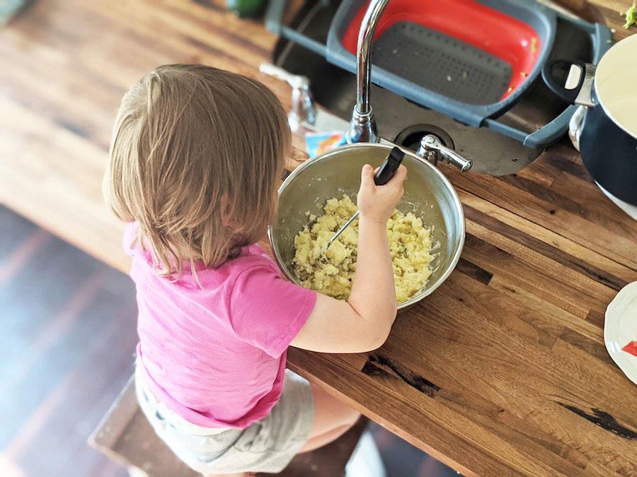 toddler cooking